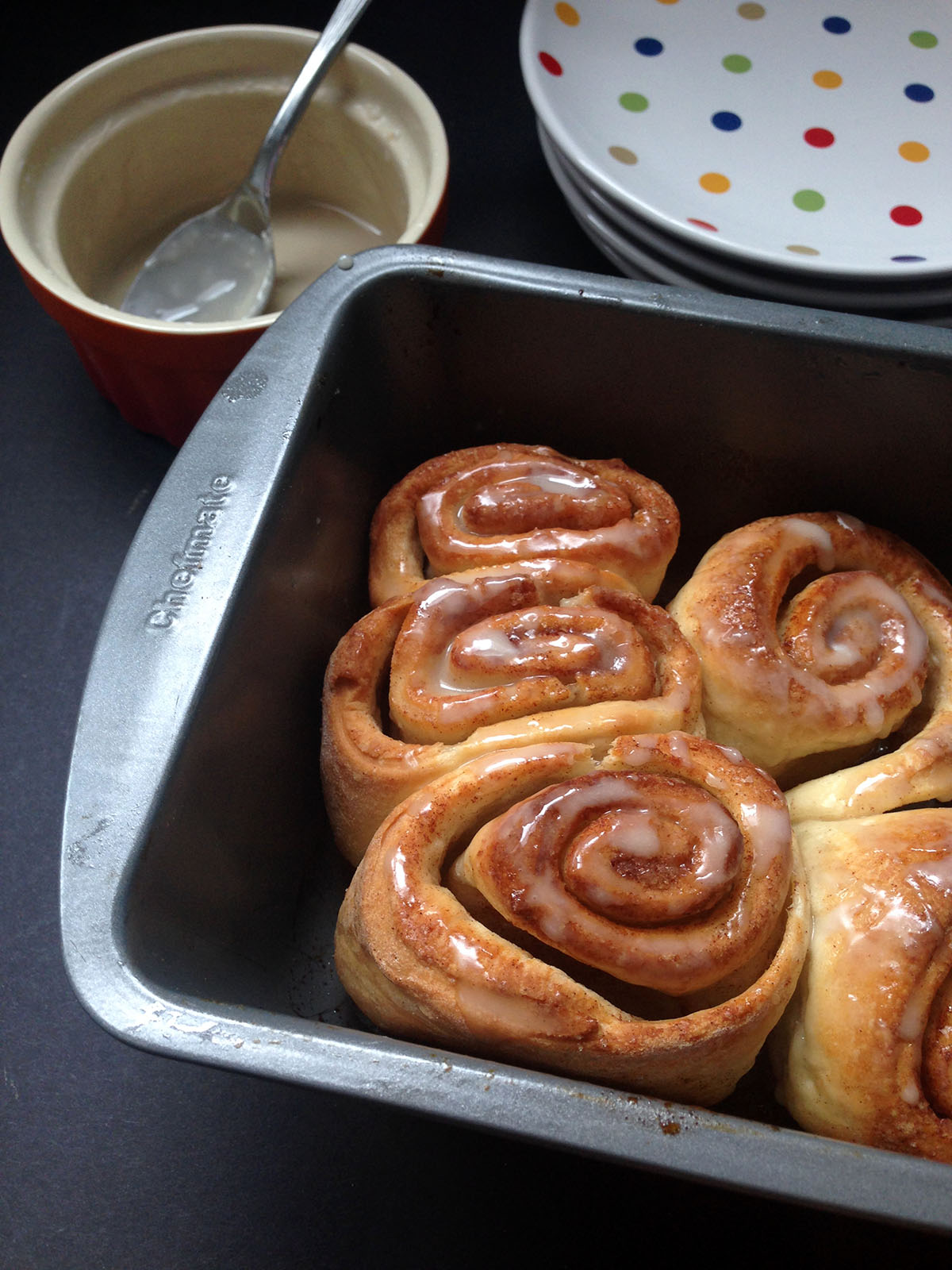 how to make cinnamon rolls from pizza dough
